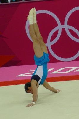 Le spirali la ginnastica artistica for Maschile e femminile esercizi